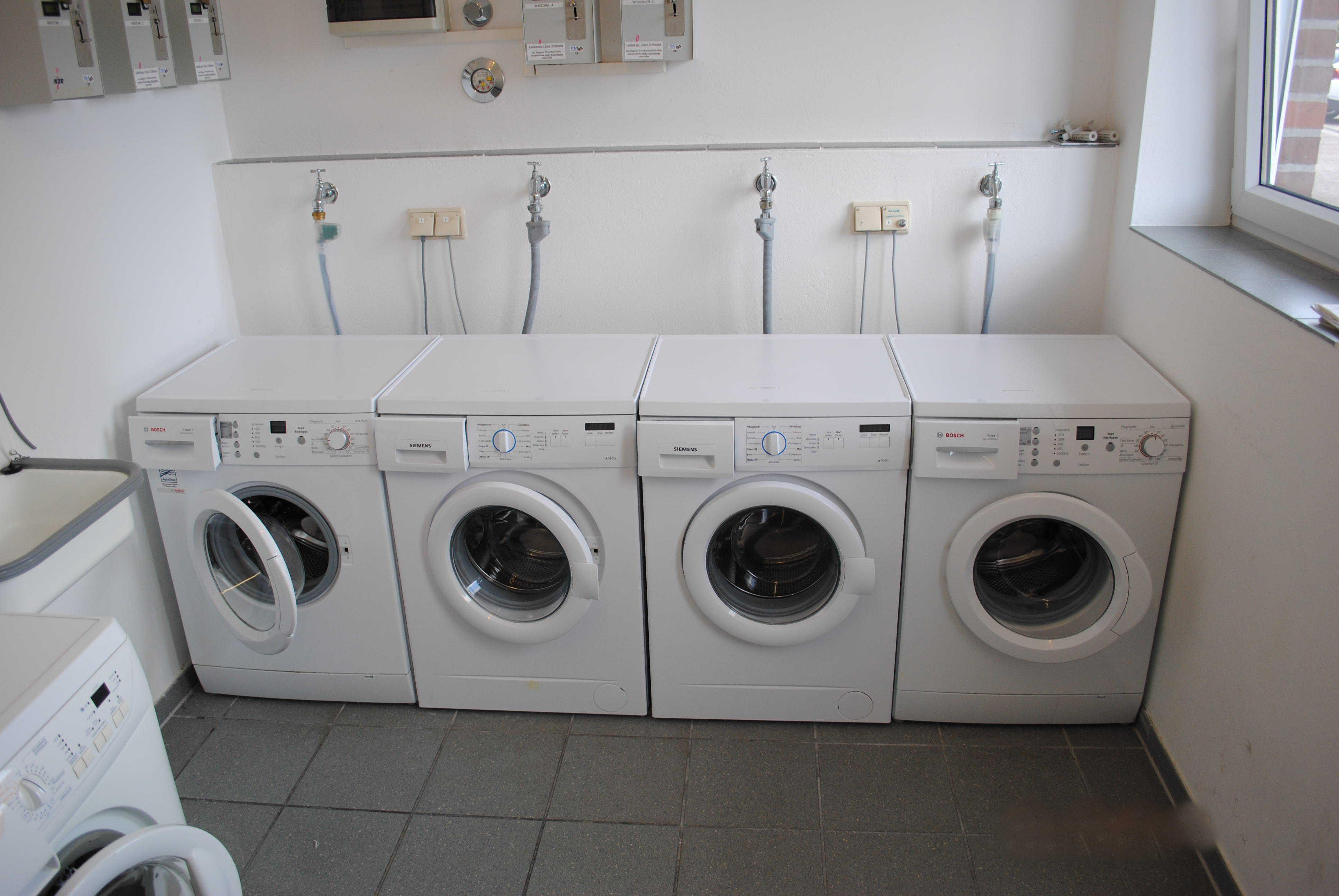 Im Seepark gibt es einen Waschraum mit Waschmaschinen