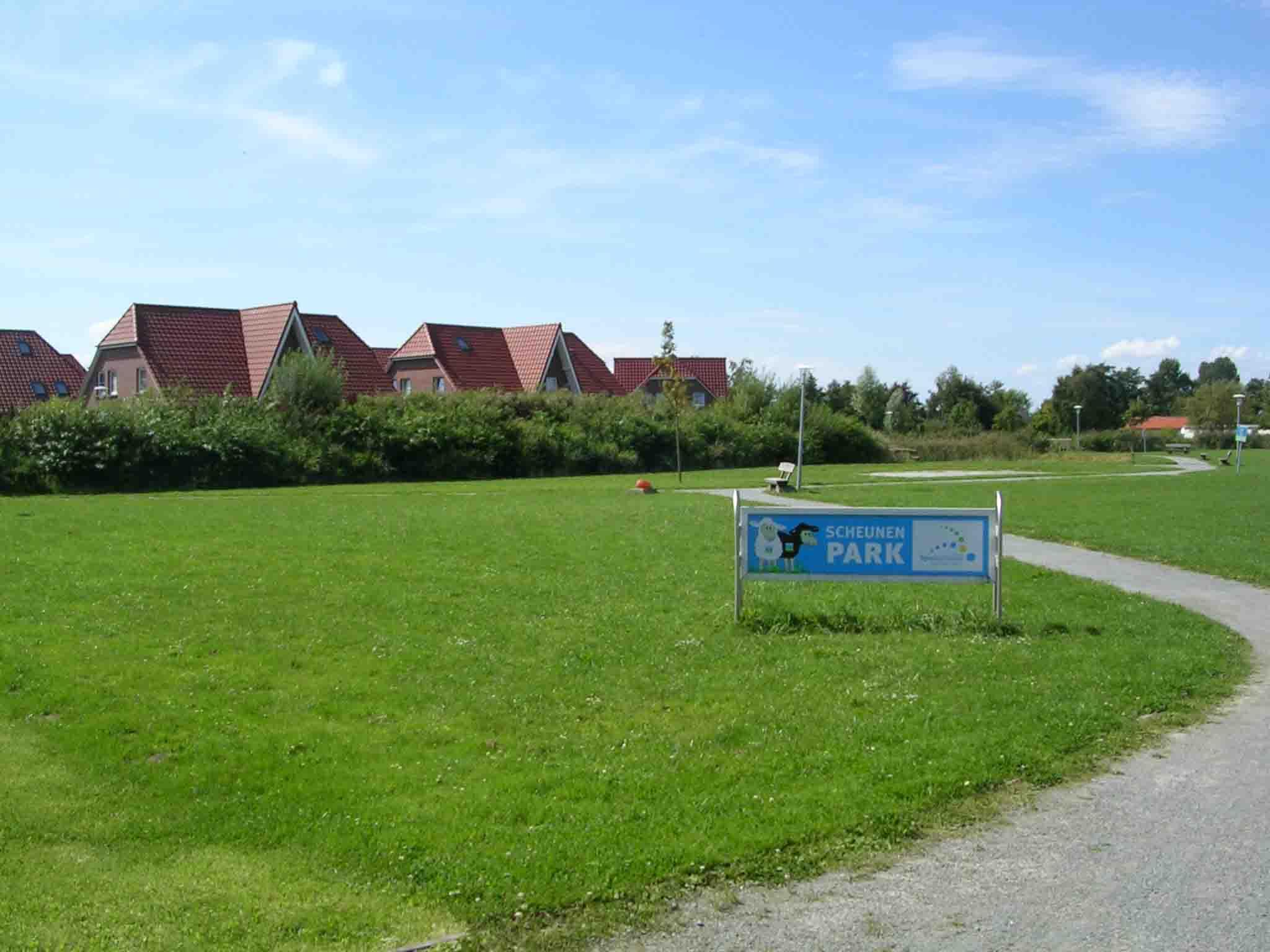 Zwischen Seepark und Deich befindet sich der Scheunenpark